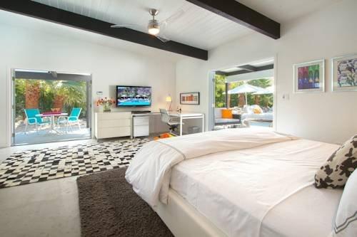 фото Mid-Century Luxury Estate 979746547