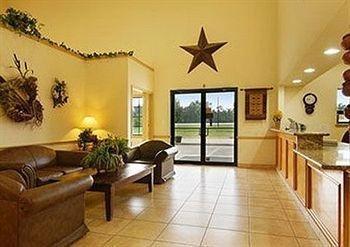 фото Days Inn and Suites Hankamer Texas 982780118