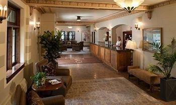 фото The Plaza Hotel 983150226