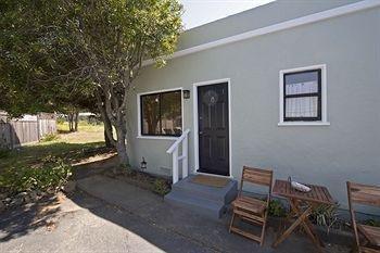 фото Shoreline Cottages 983158767